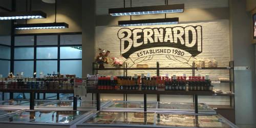 Adem di dalam Bernardi Factory